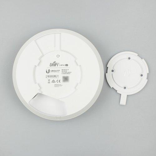 Wi-Fi точка доступа Ubiquiti UniFi AC-LR AP