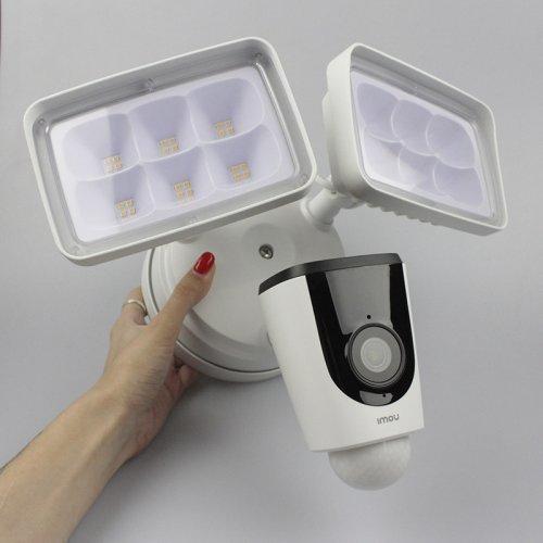 Купольная Wi-Fi IP Камера с активным отпугиванием IMOU IPC-L26P