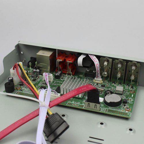 ATIS XVR 4104 NA