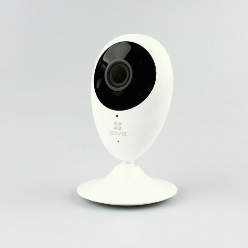 IP камера CS-CV206-C0-1A1WFR EZVIZ вид спереди